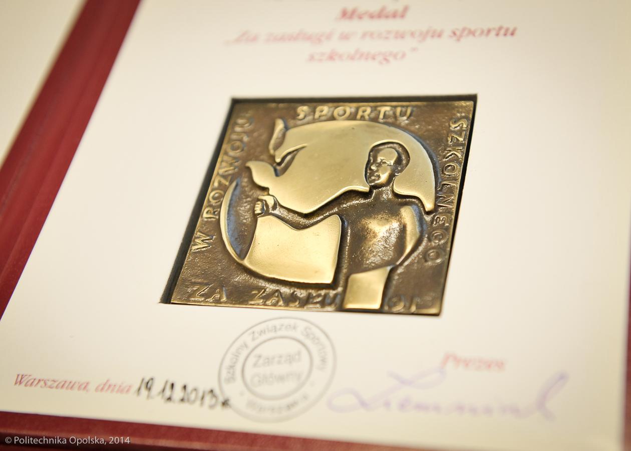 medal-wwfif-2014-02-11-5707